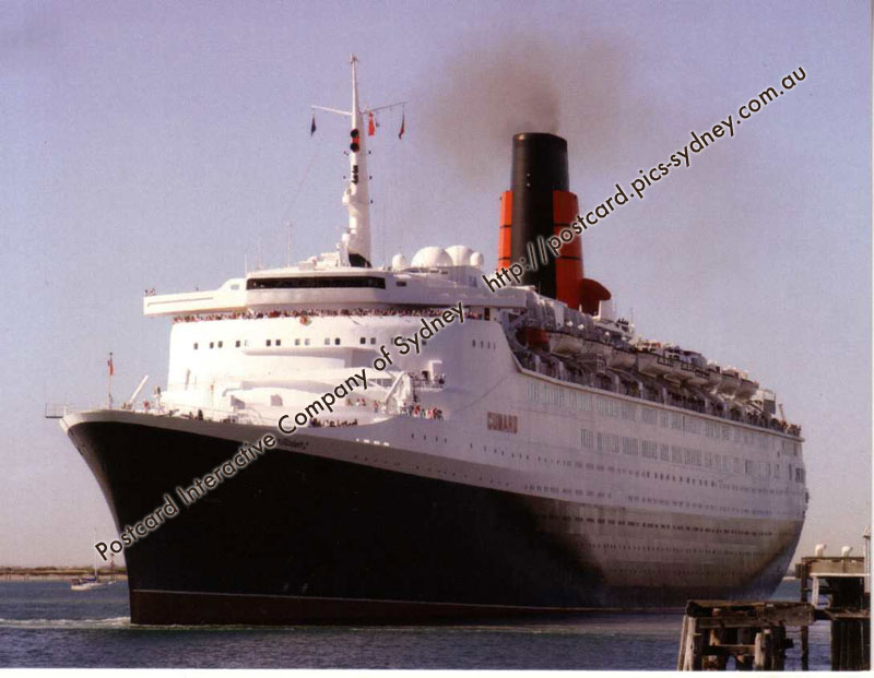Queen Elizabeth 2 (in South Australia) (Cunard Line)