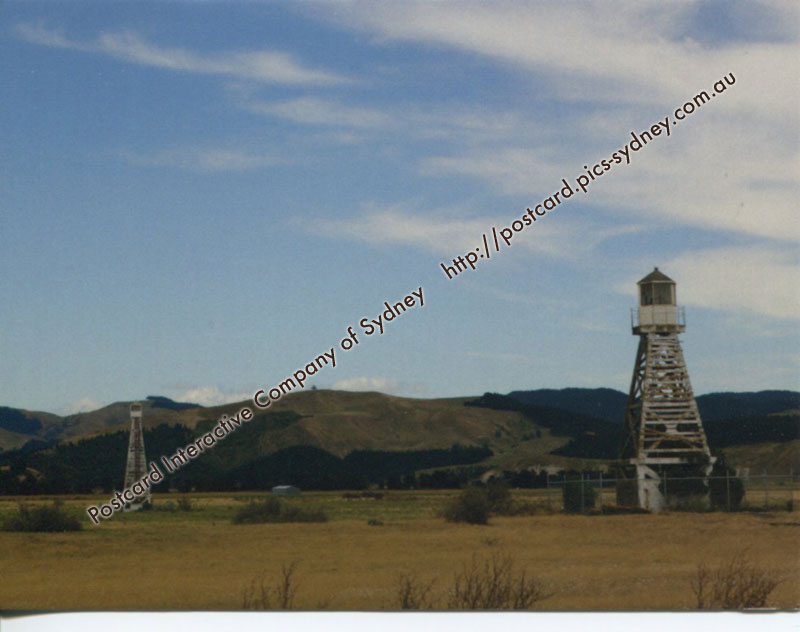 New Zealand Lighthouse - Napier Range Front & Rear