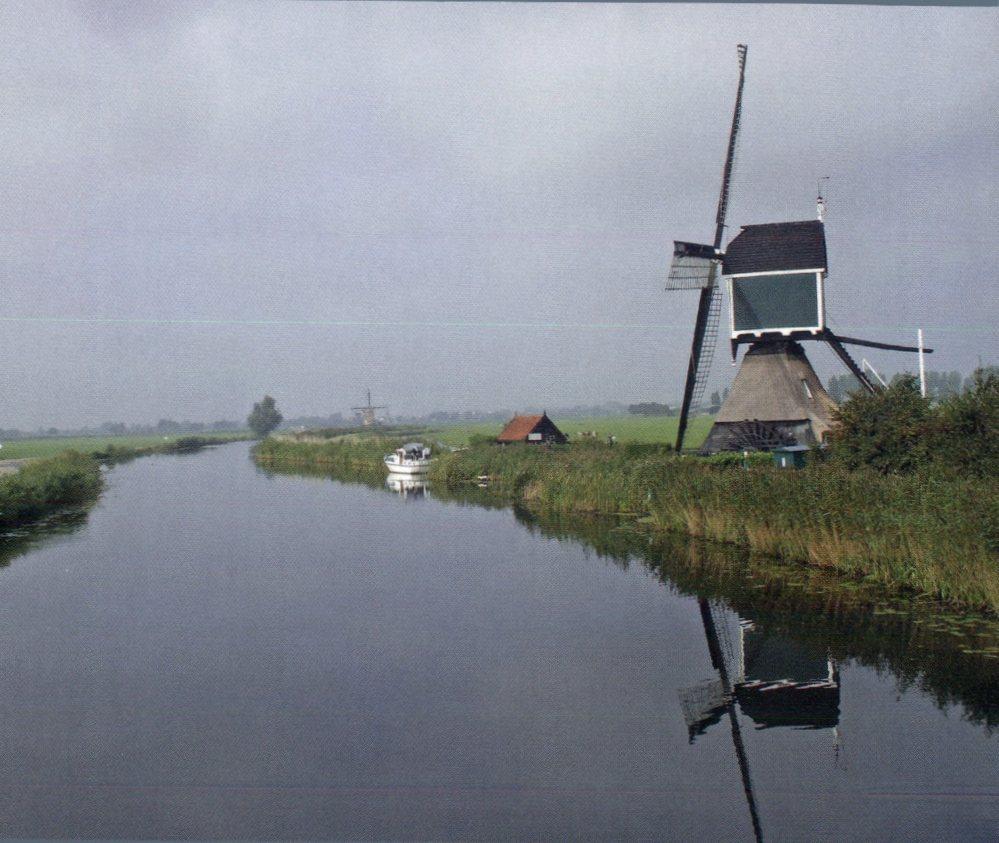 Benelux : Postcard Interactive